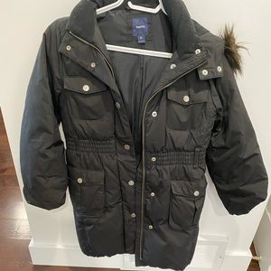 Size 10 girls winter coat by Gap - super warm perfect condition
